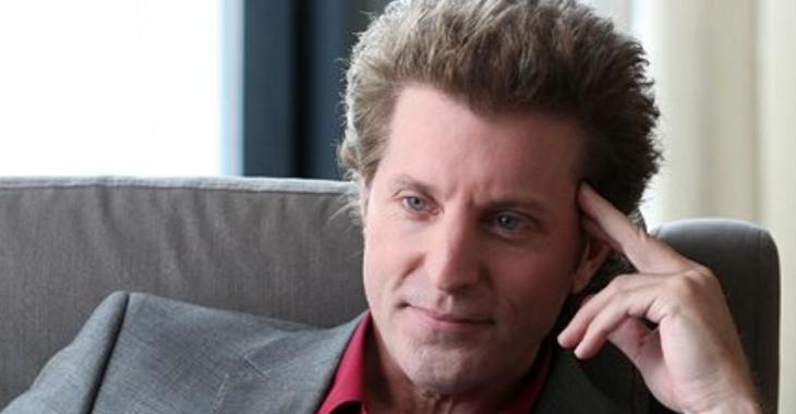 Un acteur québécois suscite un débat sur les réseaux sociaux avec ses commentaires pro-Trump