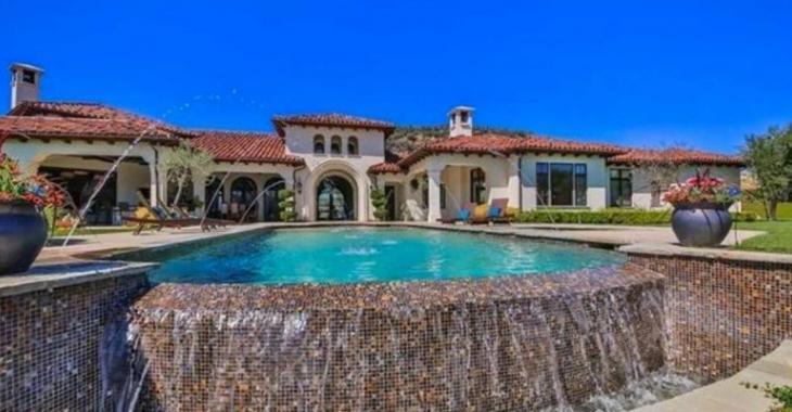 [PHOTOS] Britney Spears vend sa maison en Californie... Un prix aussi fou que la maison!
