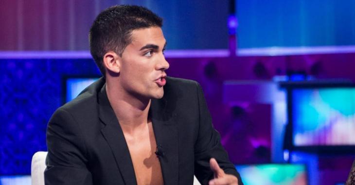 Un célèbre candidat de Célibataires et nus trouve l'amour à Coup de foudre!