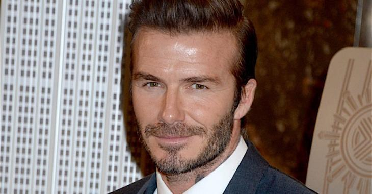 David Beckham ne ressemble plus à ça...