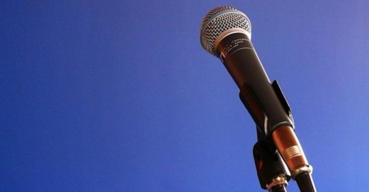Une célèbre chanteuse québécoise retirée de la vie publique fait son grand retour...