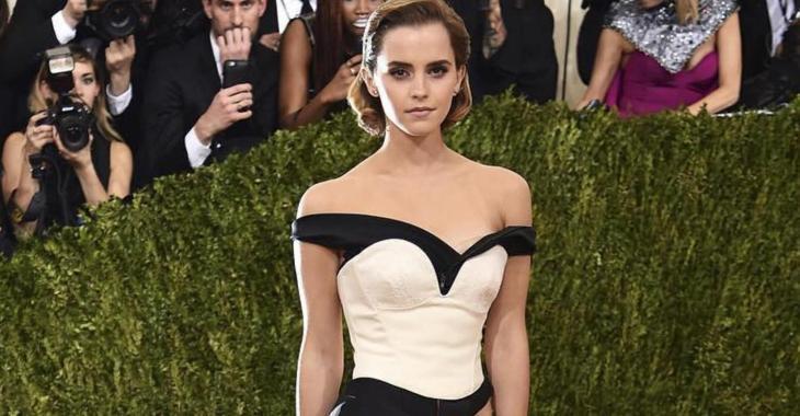 Emma Watson sème l'hystérie sur le web en dévoilant ses seins sur ces photos...