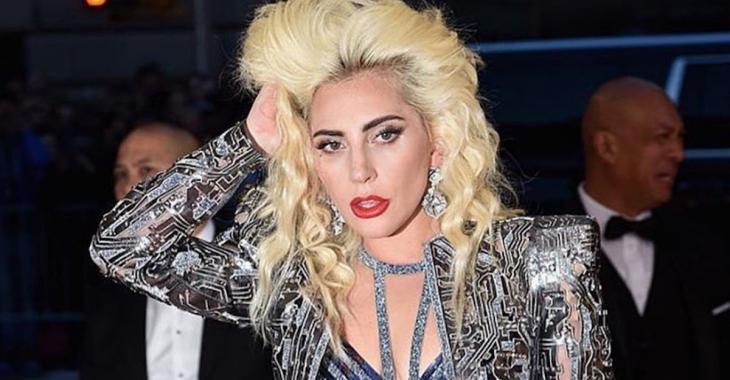 Lady Gaga nous présente son nouveau chum... OMG!