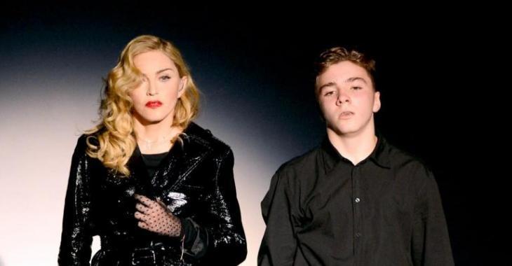 Le fils de Madonna humilie et insulte sa mère publiquement...