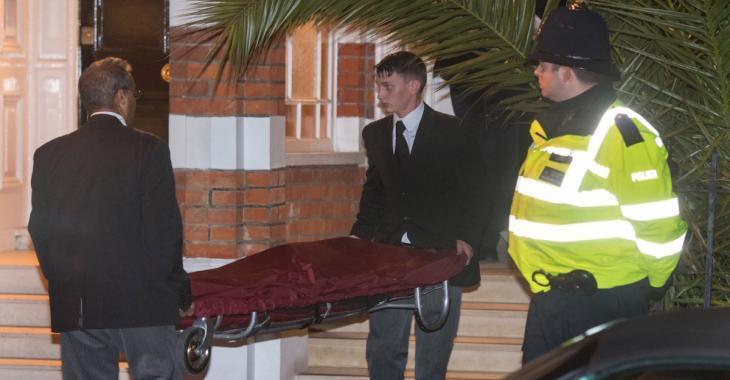 Une grande star est retrouvée morte dans sa résidence à l'âge de 45 ans