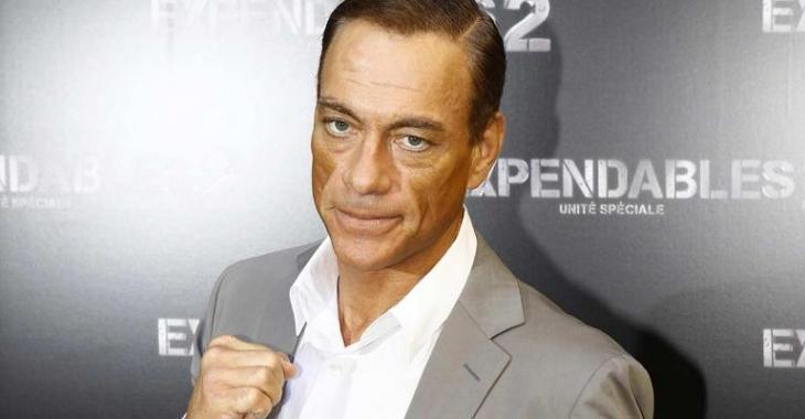 La fille de Jean-Claude Van Damme est plus que sexy... elle est une dure!