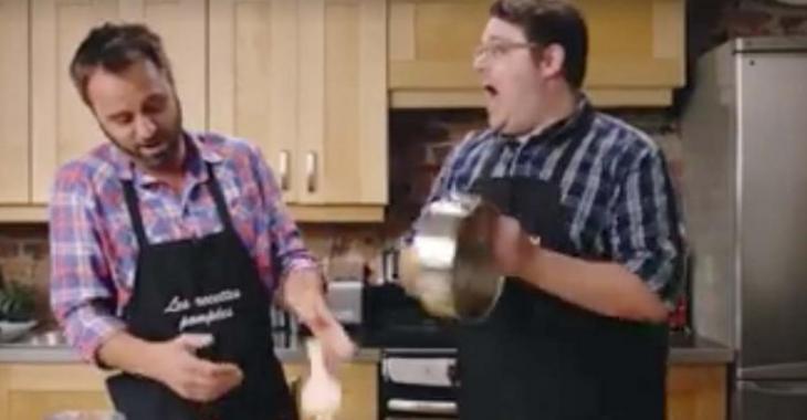 Louis-José Houde se fait insulter et se fâche pendant qu'il cuisine aux Recettes Pompées!