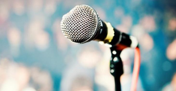 Un populaire groupe de musique perd sa chanteuse
