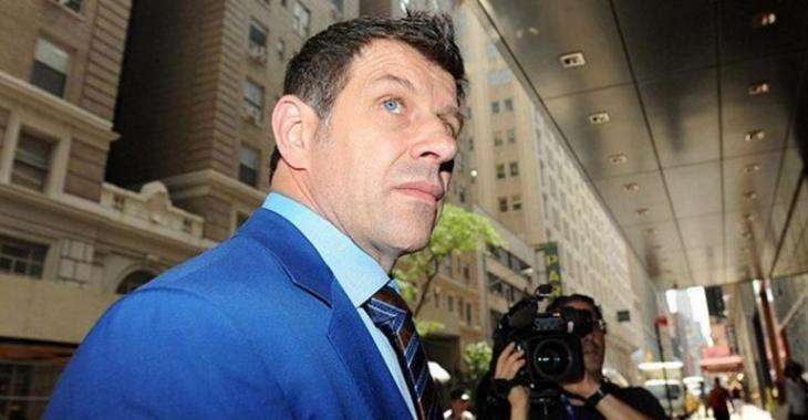 PHOTOS - Le nouveau look de Marc Bergevin fait beaucoup jaser...
