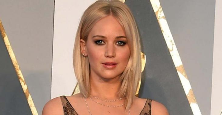 La robe de Jennifer Lawrence était à couper le souffle hier... WOW!