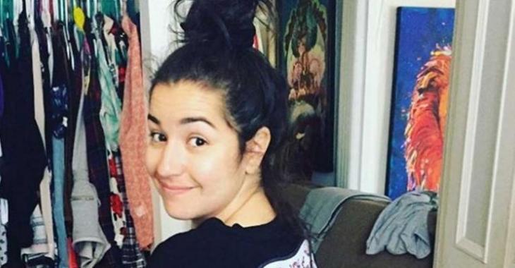 Mariana Mazza publie une photo d'elle le ventre à l'air et envoie promener les standards hollywoodiens!
