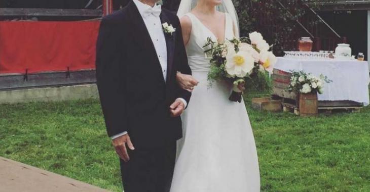 La robe de mariage de cette comédienne québécoise est sublime!