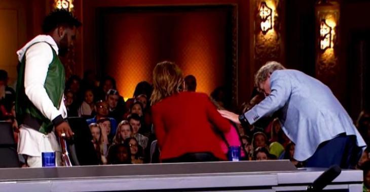 Une célèbre chanteuse se fait vomir dessus en direct à la télé!
