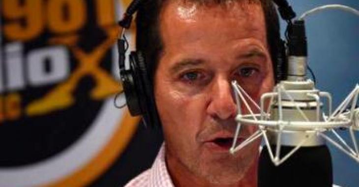 Jeff Fillion décide de prendre un appel en direct à la radio et ça se termine très mal..!