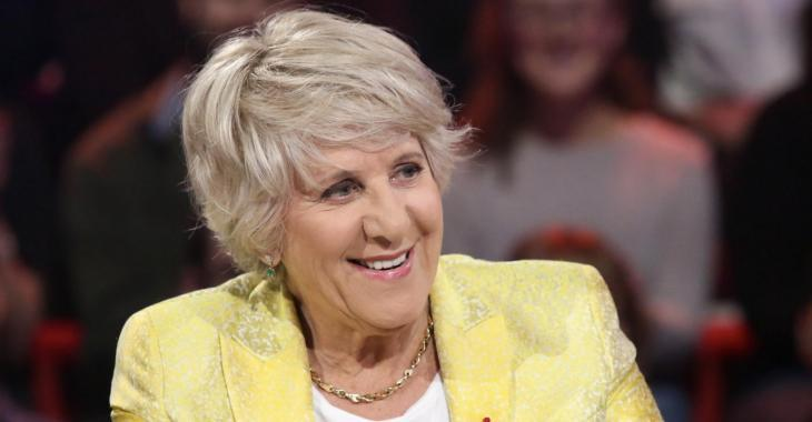 Denise Bombardier dénonce les femmes voilées qui défient François Legault