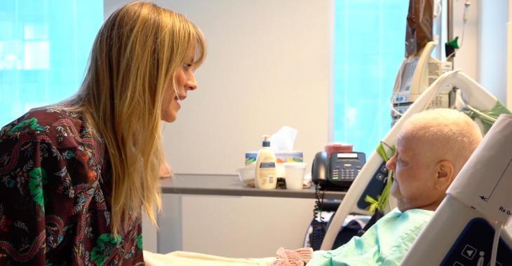 Véronic DiCaire va surprendre des patientes atteintes du cancer et c'est à la fois touchant et inspirant