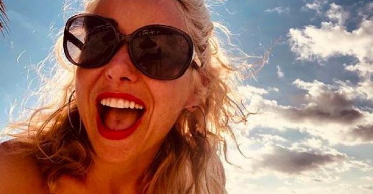 Mariloup Wolfe partage de nouvelles photos de voyage sous le soleil et elle est sublime