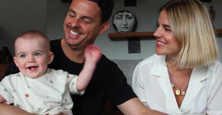 Cette vidéo du bébé de Philippe Bond est la chose la plus drôle que vous verrez aujourd'hui