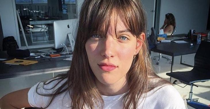 La belle Charlotte Cardin surprend en publiant une magnifique photo en sous-vêtements