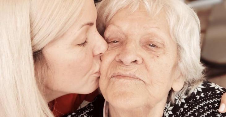 Véronique Cloutier, en deuil, rend un bel hommage à sa grand-maman