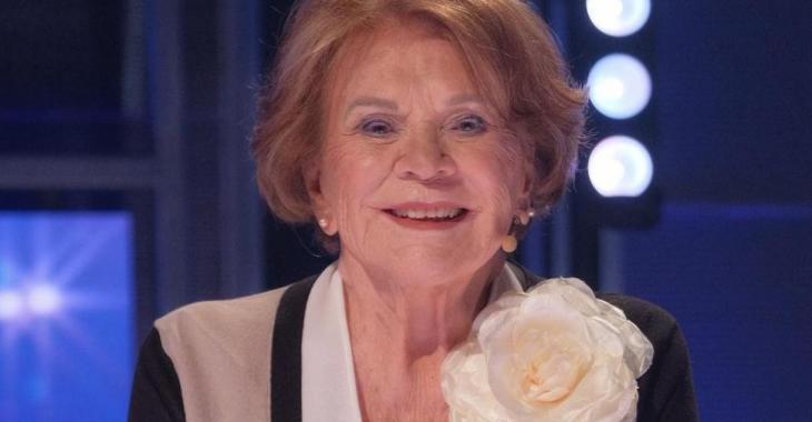 À 95 ans, Janette Bertrand émeut le public sur le plateau d'En direct de l'univers