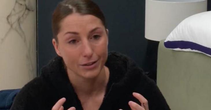 Kim Clavel va se faire ramasser dimanche par des candidats de Big Brother Célébrités qui se sentent trahis