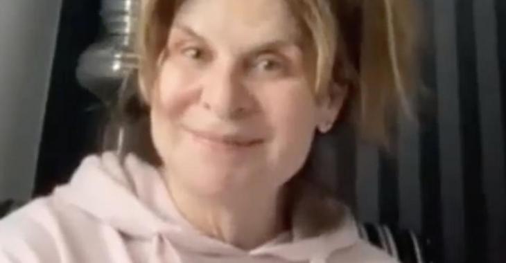 Guylaine Tremblay en état de choc après avoir été bernée pour participer à une vidéo de complotistes
